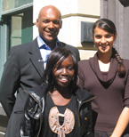 Colin Salmon with other volunteers